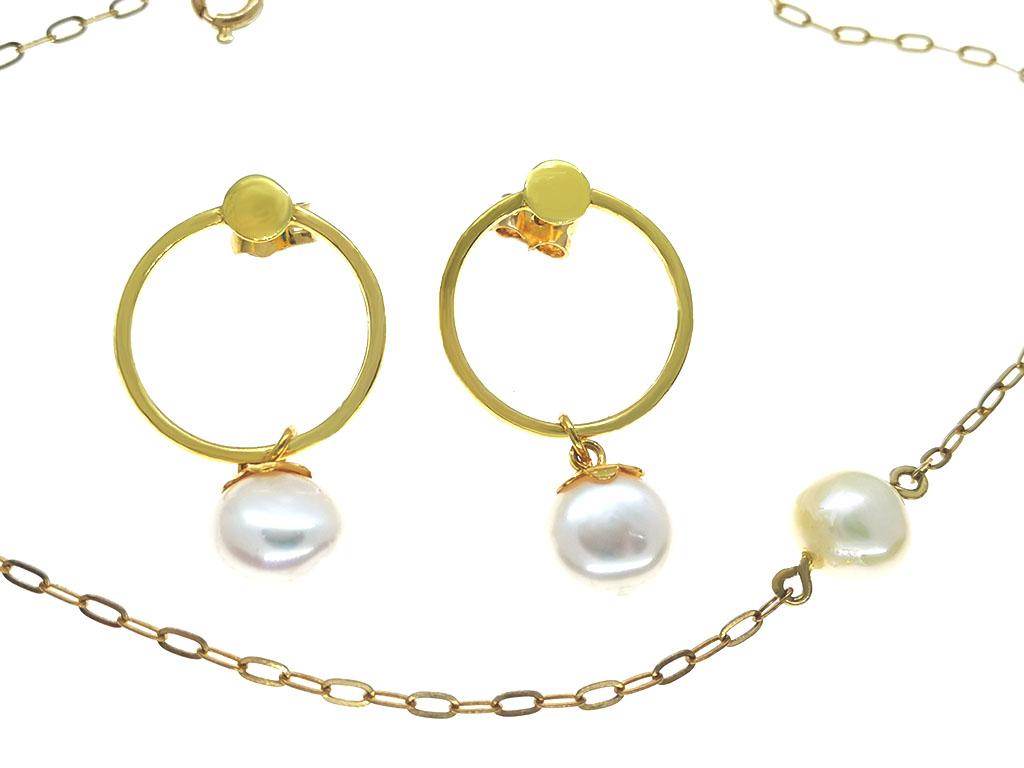 Cadena con perla blanca